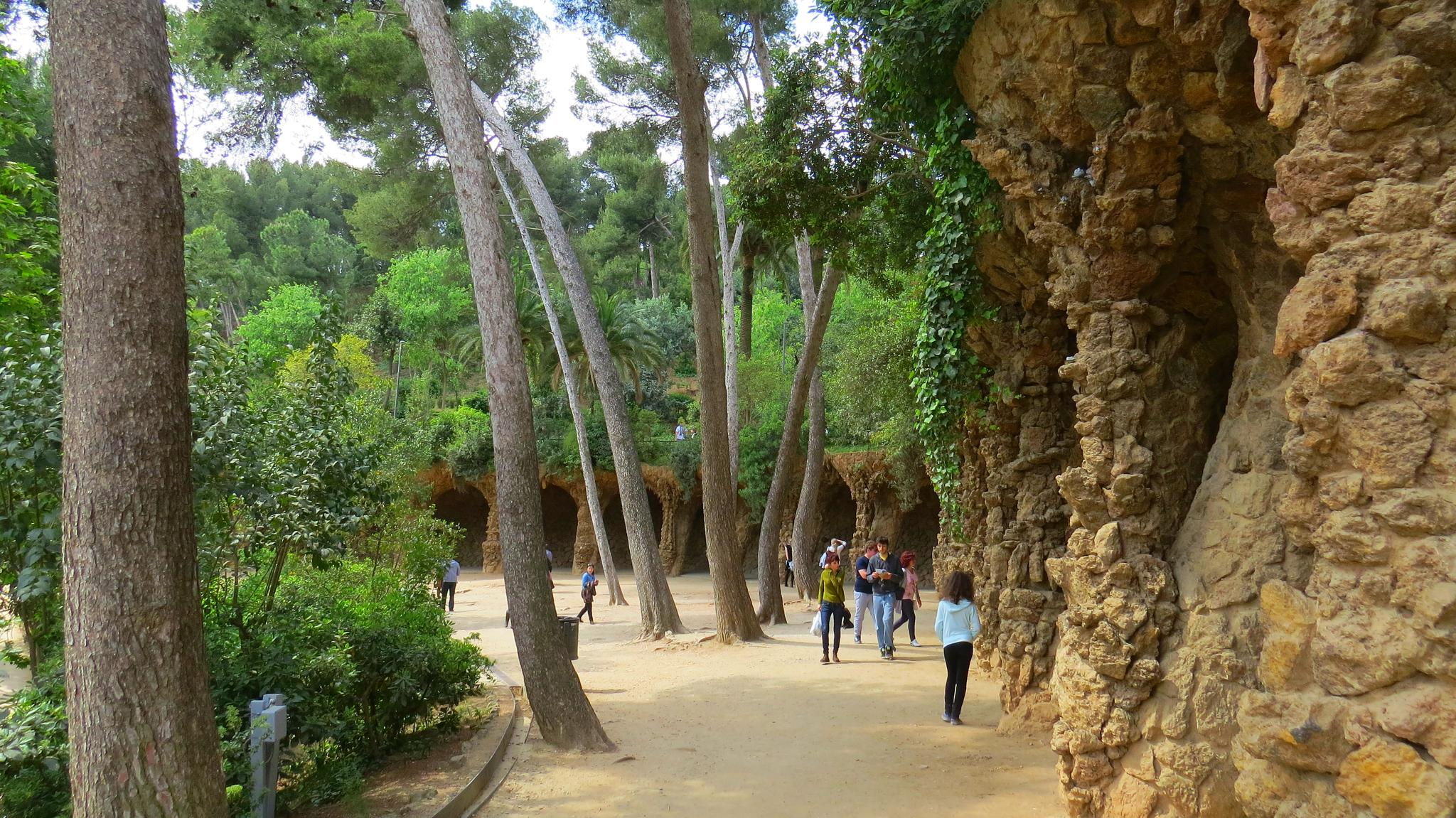 guell4small