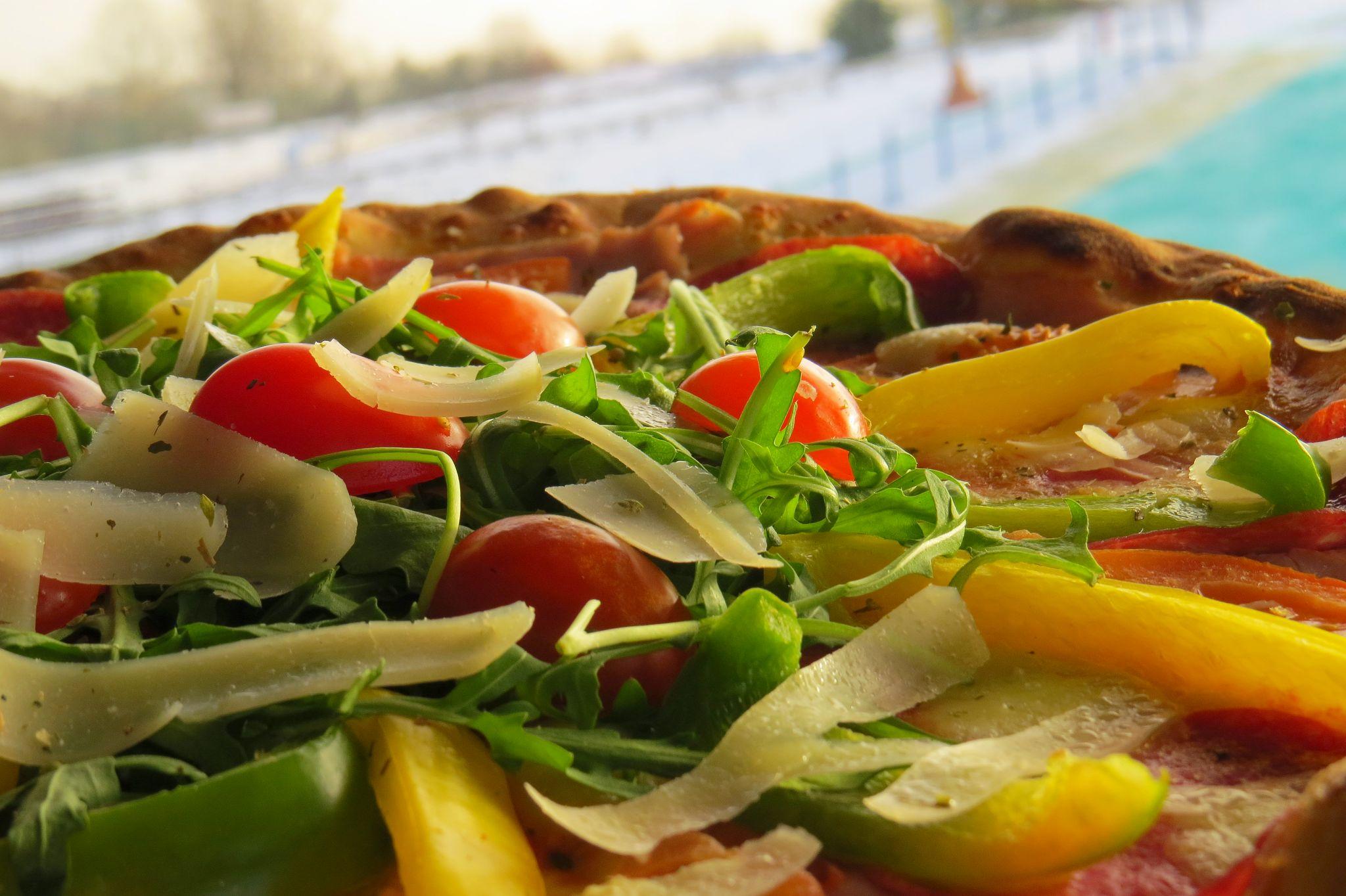 Pizza, wybór dodatków na życzenie