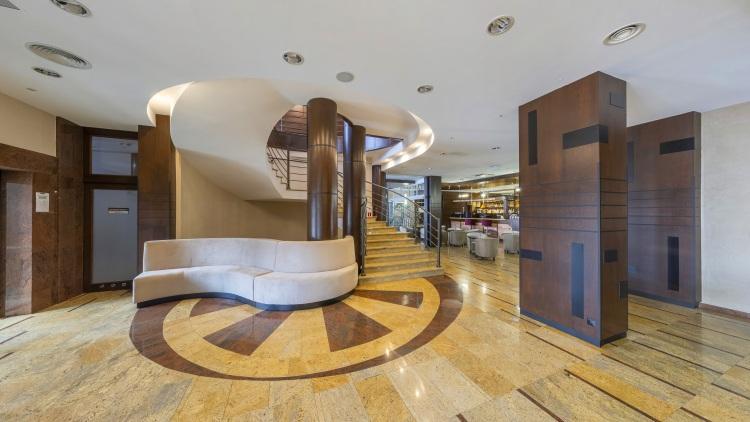 hotele dla dorosłych lobby