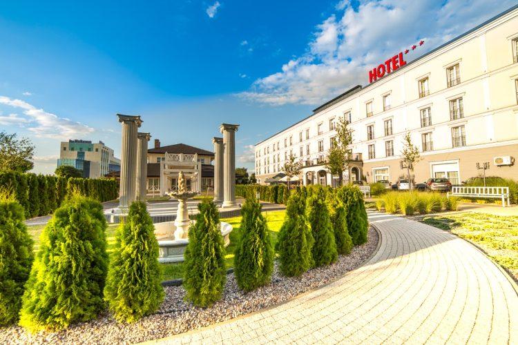 hotel pod Warszawą