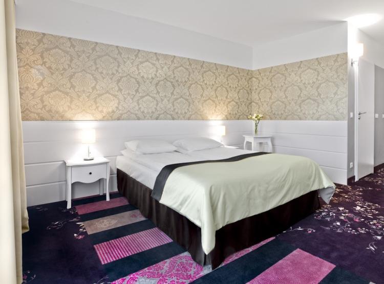 hotel pod Warszawą pokój