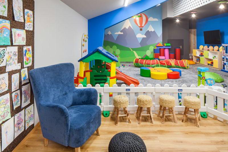 hotel dla rodzin z dziećmi sala zabaw