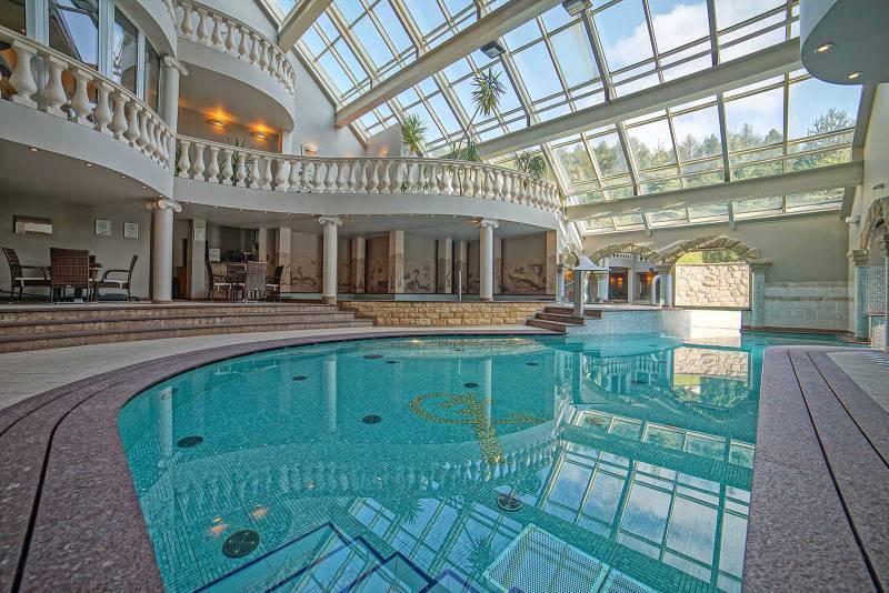 hotel w górach dla rodzin basen