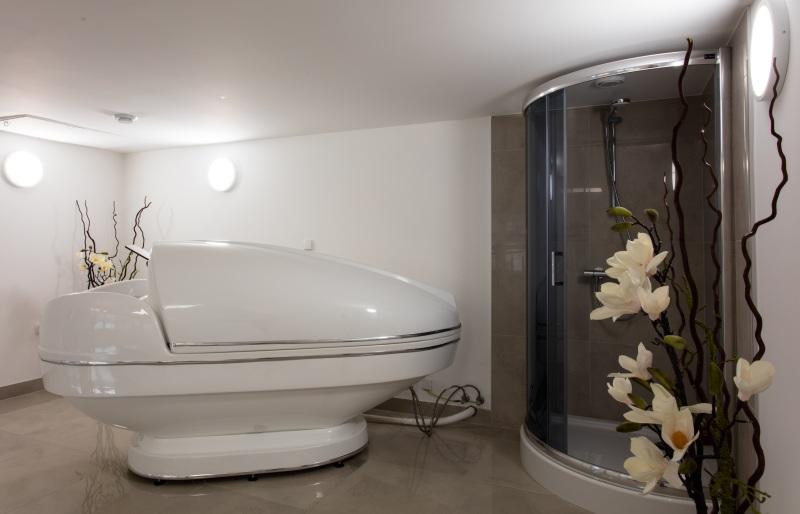 medical spa gabinet