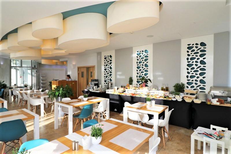 hotele nad morzem restauracja sopot