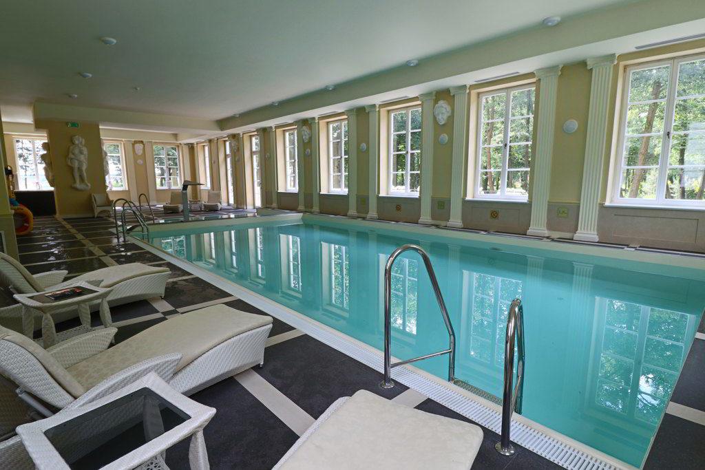 wyjątkowe hotele basen