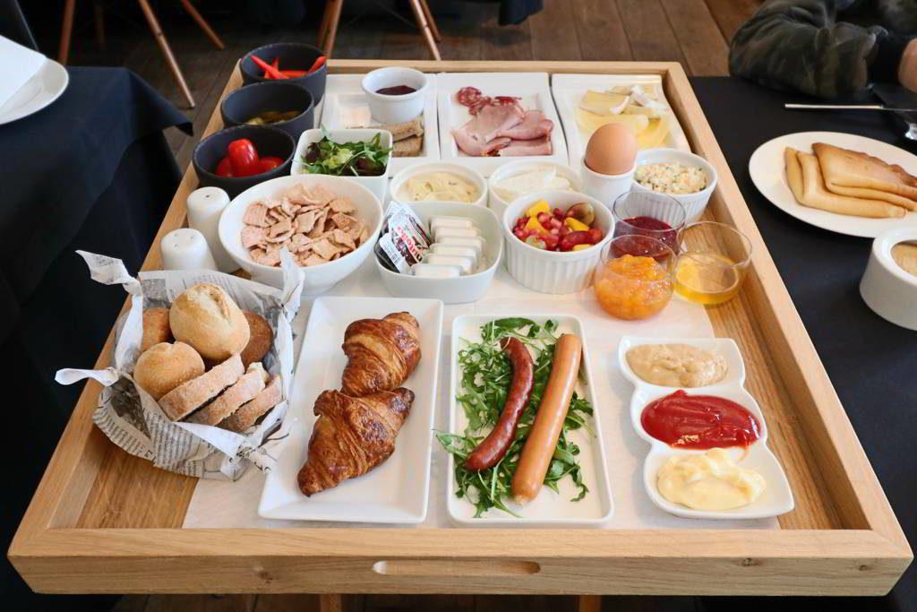 wyjątkowe hotele sniadanie