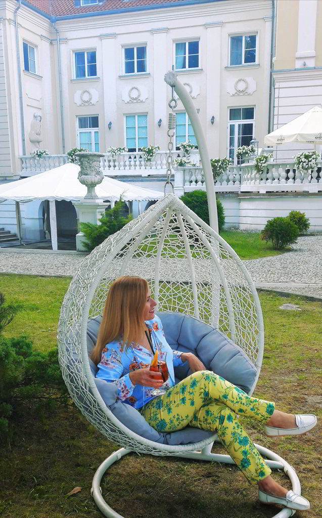 wielkanoc w pałacu ogród