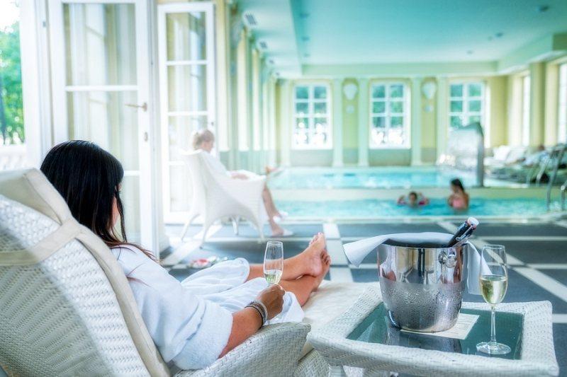 wielkanoc w hotelu relaks basen