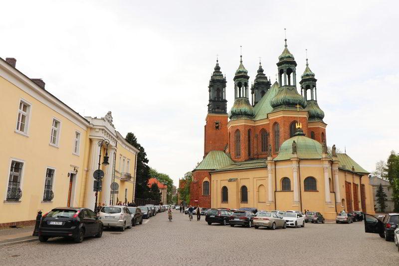 atrakcje Poznań archikatedra