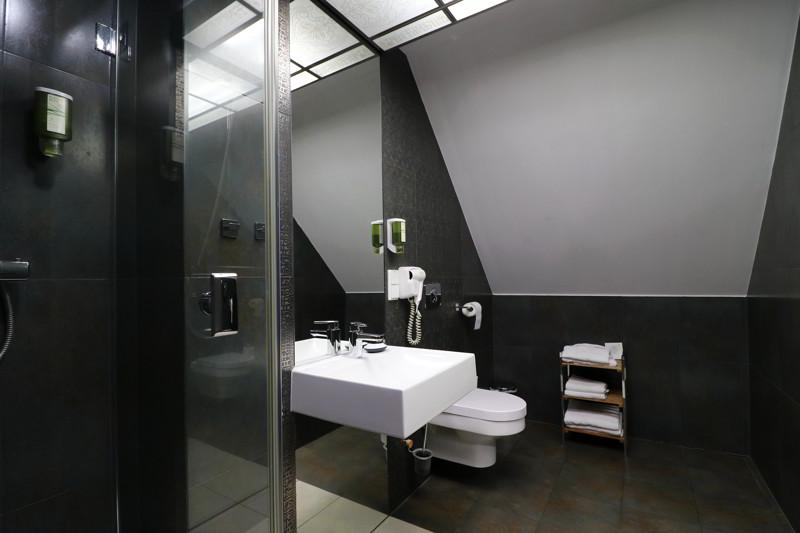Hotel Barczyzna łazienka