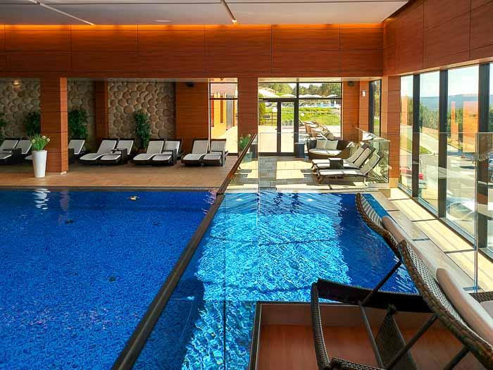 hotel odyssey basen wewnętrzny
