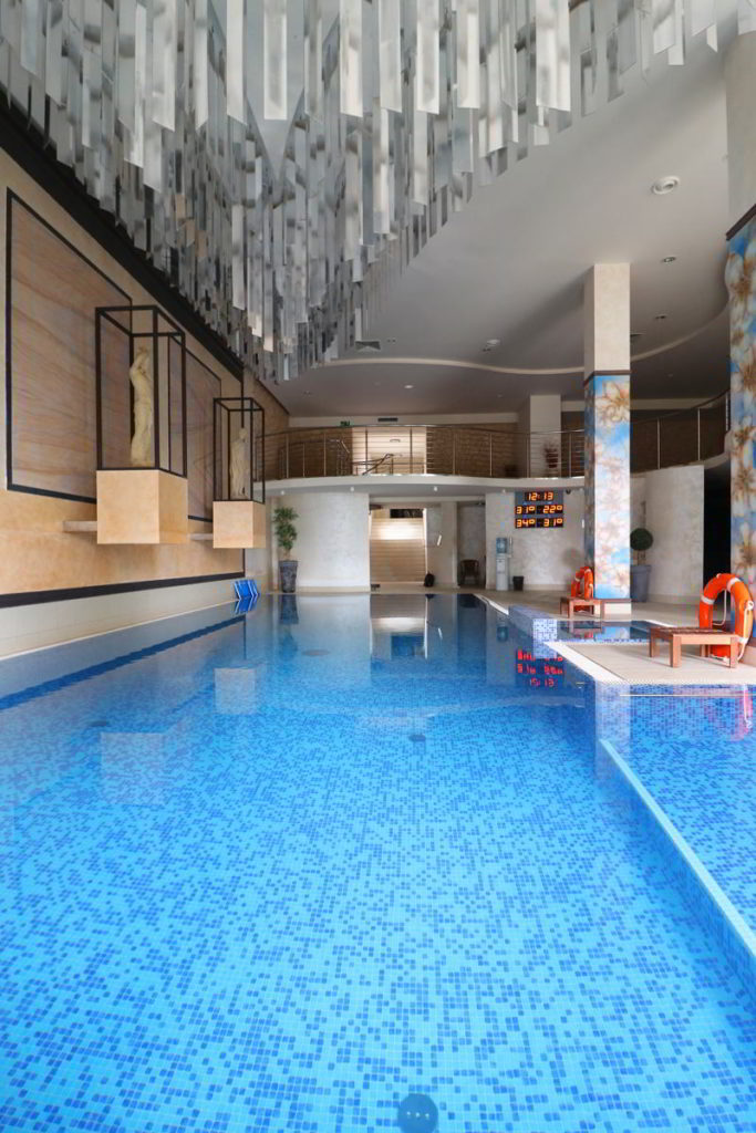 relaks dla dwojga basen hotel afrodyta