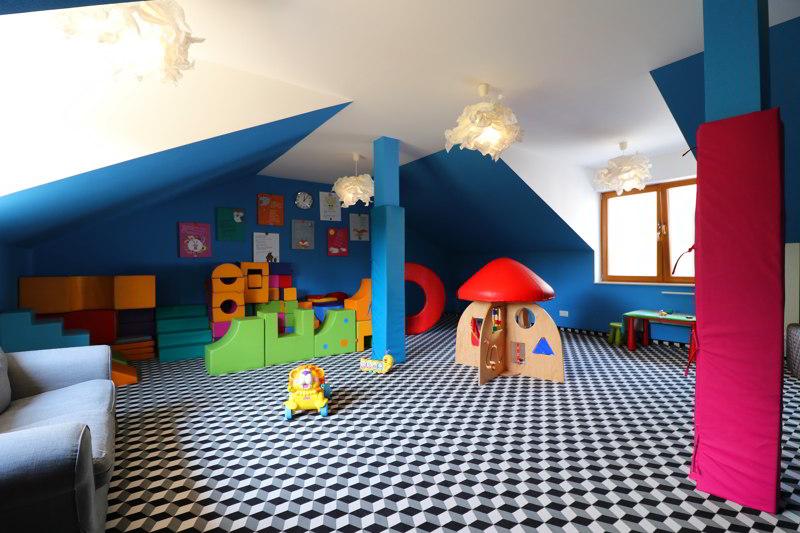 villa źródło sala zabaw