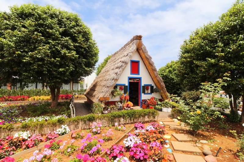 madera co warto zobaczyć domki w santana