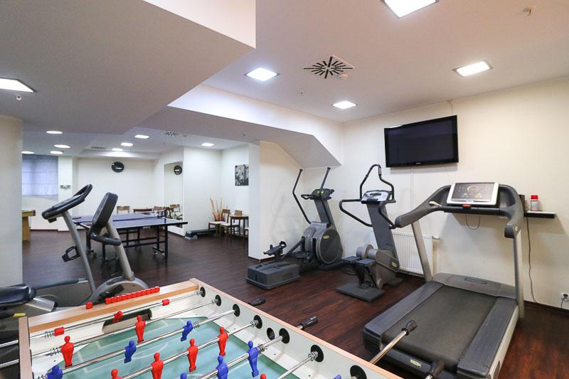 hotel dom zdrojowy siłownia