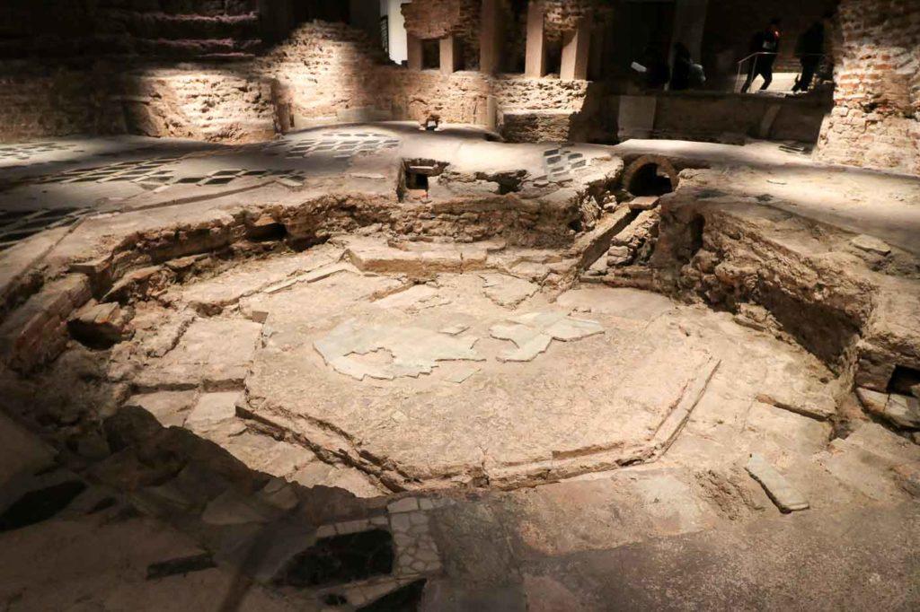 katedra w mediolanie część archeologiczna