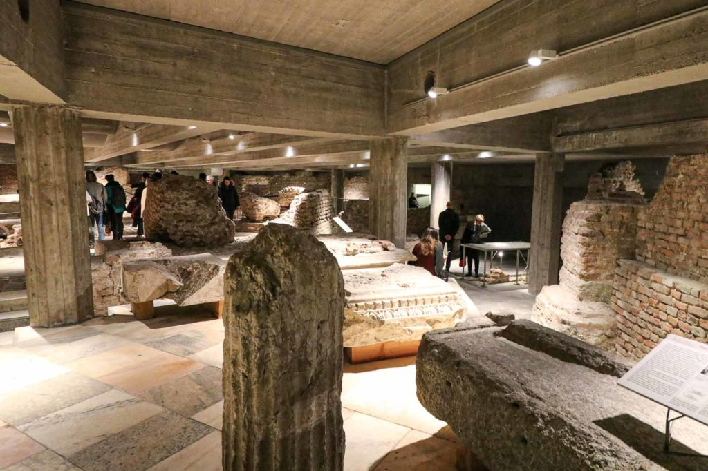 strefa archeologiczna katedra Mediolan