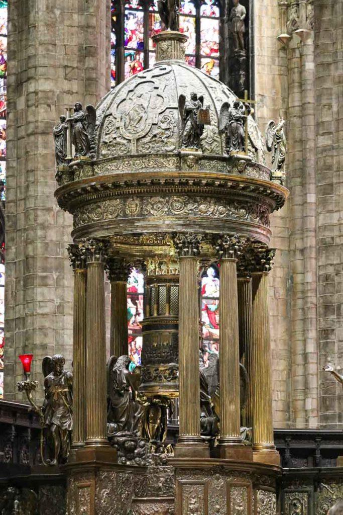 Katedra w Mediolanie zwiedzanie