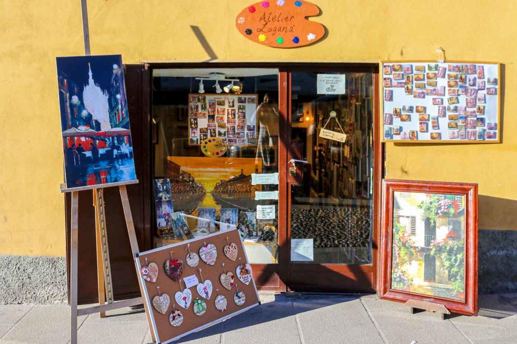 galeria sztuki w dzielnicy Navigli