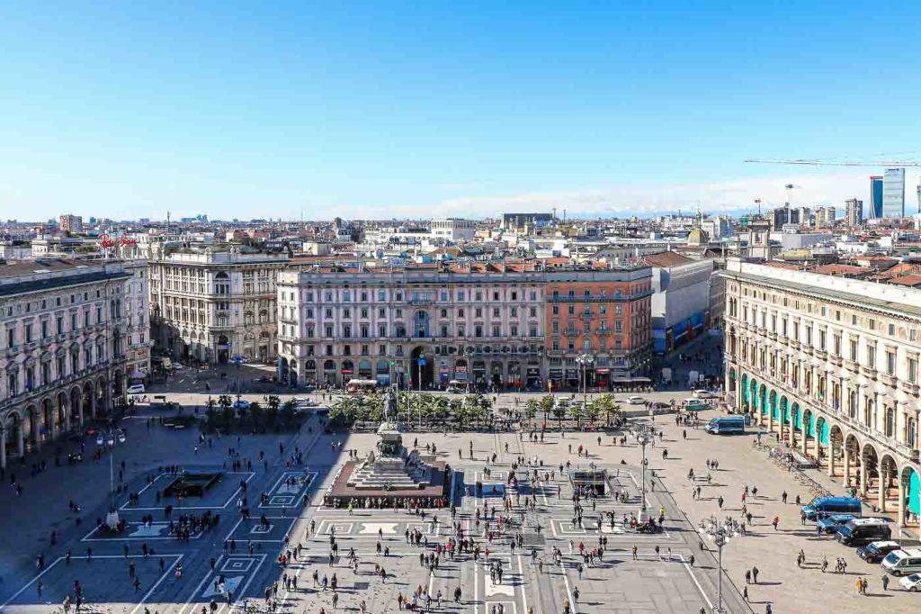 Mediolan Piazza del Duomo