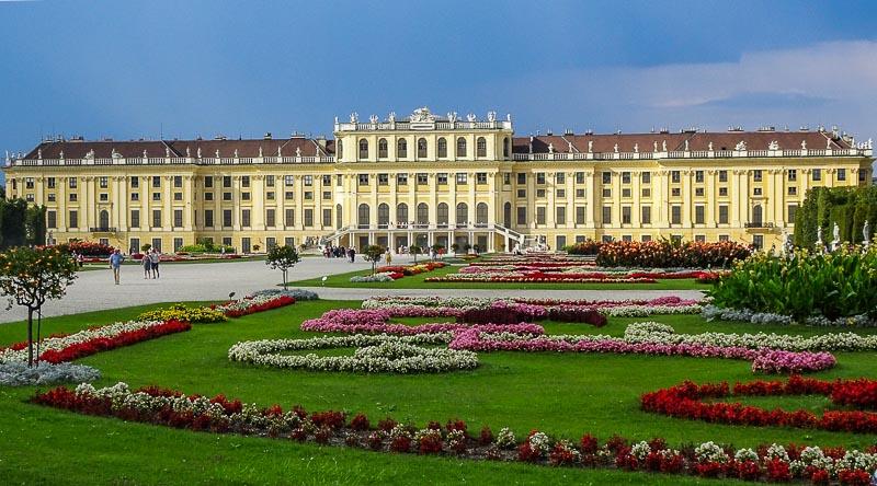 najpiękniejsze ogrody na świecie pałac schonbrunn wiedeń