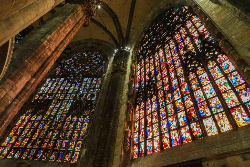 Katedra w Mediolanie witraże