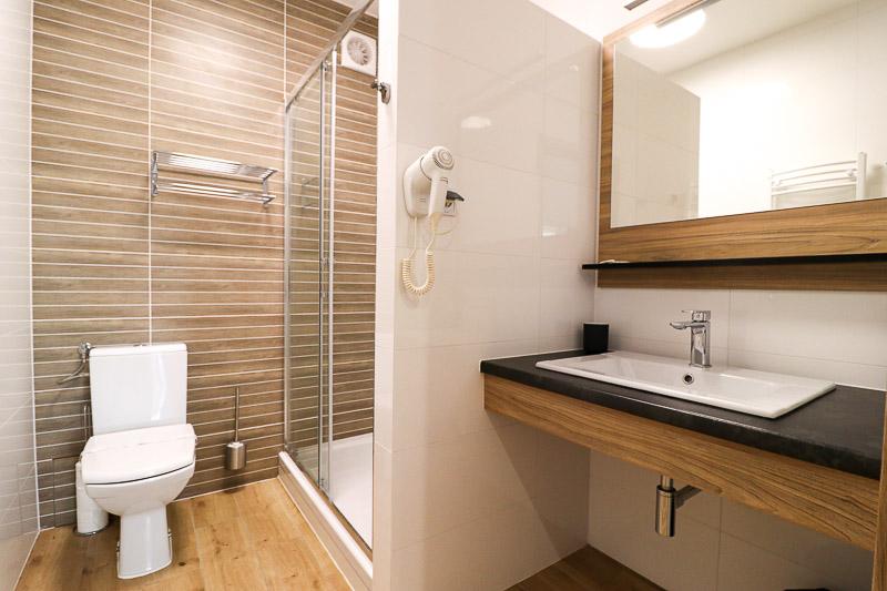 dworzysko apartament łazienka