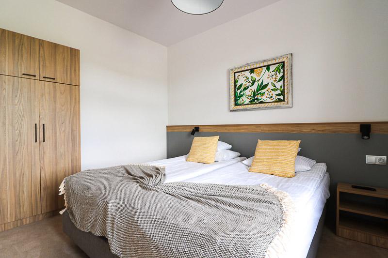 dworzysko-lawendowy dworek sypialnia