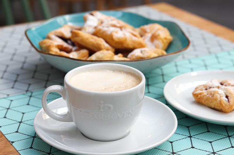 hotel jj darboven kawa śniadanie