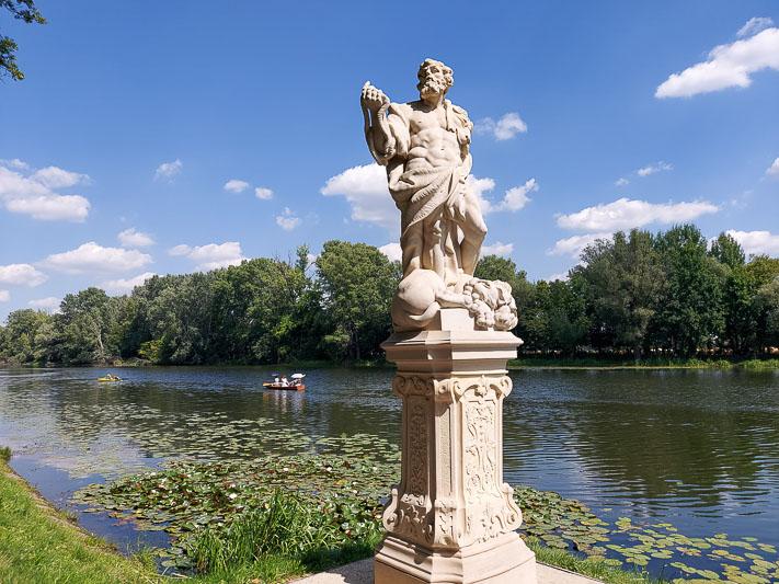 pałac w Wilanowie kanał sobieskiego rzeźba