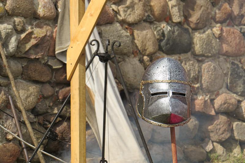 zamek czersk zbroja rycerska
