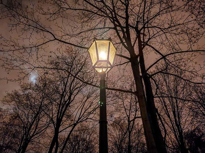 iluminacje świetlne latarnia gazowa