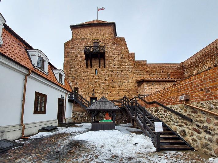 zamek Liw wieża